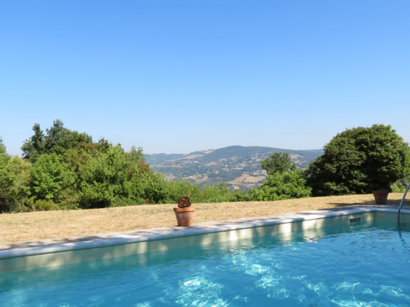For sale Umbria holiday home or B&B