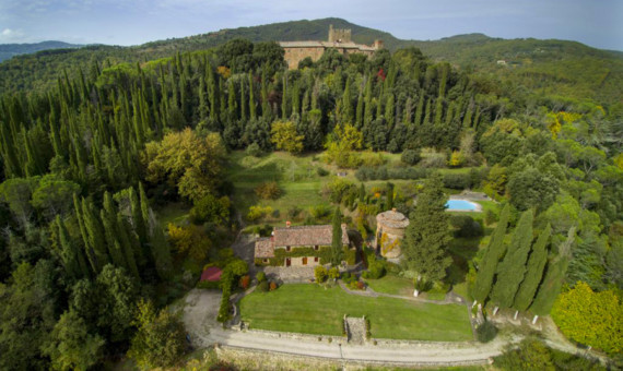 Armoury & family home for sale in Tuscany